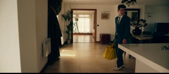 utopia-channel-4-assassin-yellow-handbag