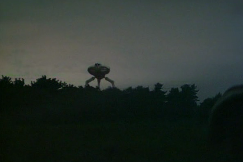 tripods-episode-1-tripod-over-trees