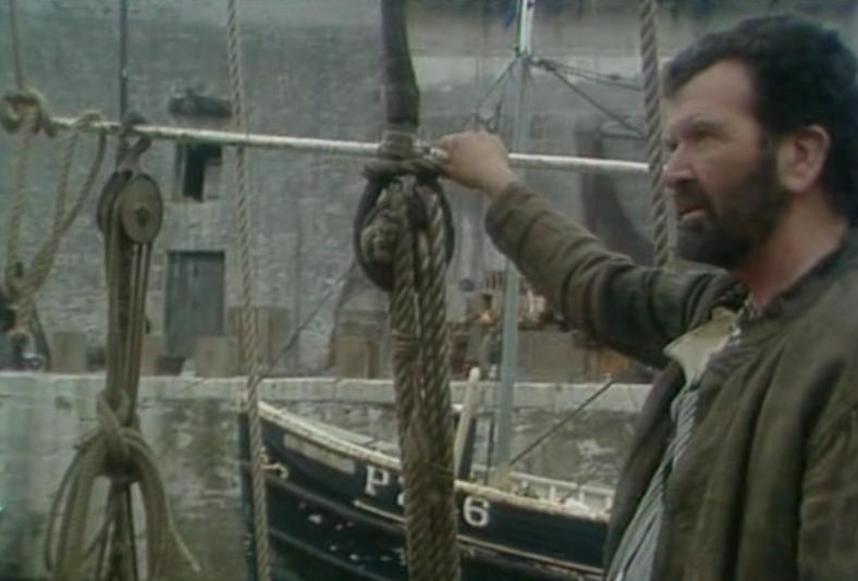 tripods-episode-2-boat-captain