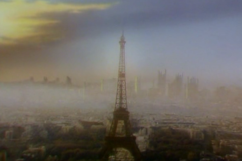 tripods-s1e4-paris-eifel-tower