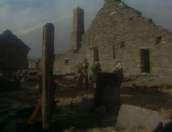 BBC-Tripods-episode-12-ruins